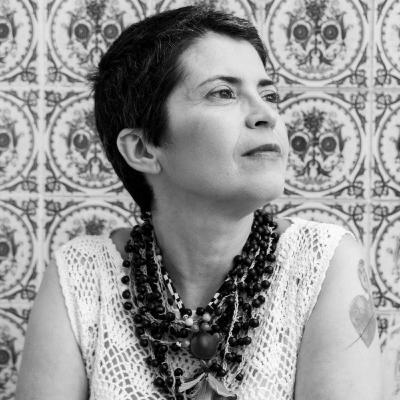 Ieda de Oliveira apresenta o lançamento O Som do Rugido da Onça