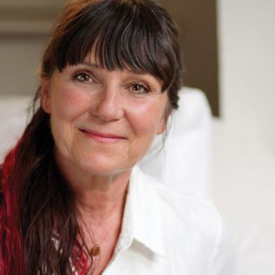 #2 Dr. Martha Lucas on Cosmetic Acupuncture and Chinese Pulse Diagnosis