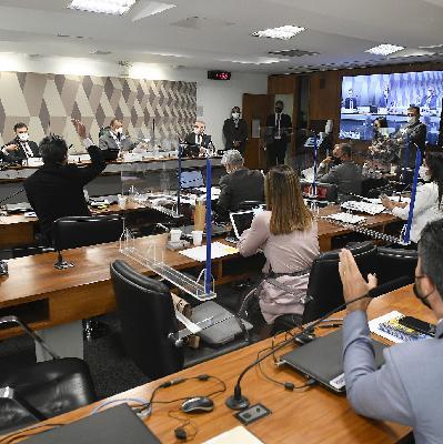 G7 da CPI se reúne; caminhoneiros entregam reivindicações ao governo; SP retoma aulas presenciais