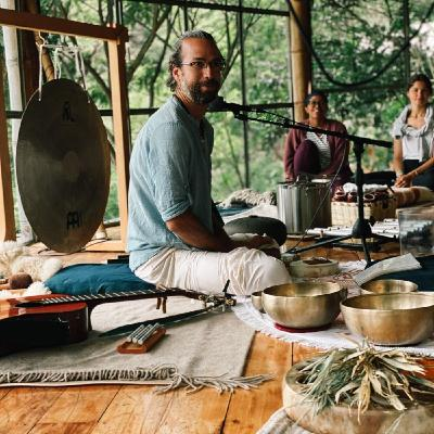 #052 [ BODY IS A TEMPLE ] Magic of Cacao and Sound Ceremonies with Ricardo Mones Valverde