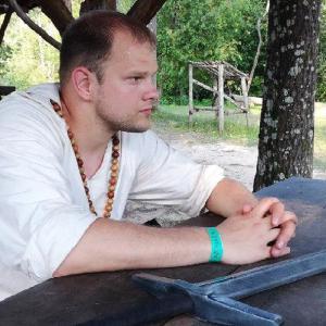 04. Рубилово мечами и чат-боты для управления сообществом