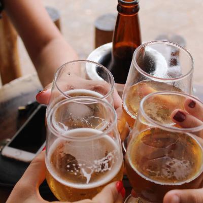 413 - Cerveja gelada e bons amigos... O que mais precisa?