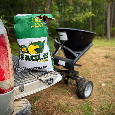 Fall Food Plots: Tips, Secrets and Strategies