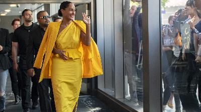 Tracee Ellis Ross Is Thriving, Not Surviving