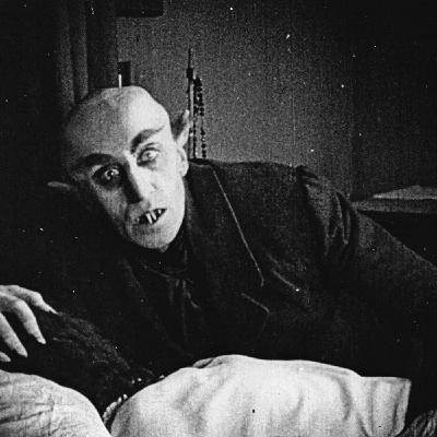 Vampiri: Nosferatu Vs Dracula Untold
