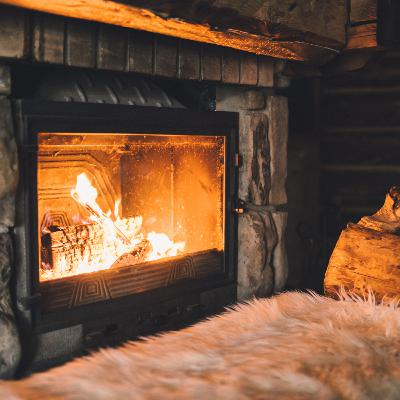 Cozy Winter Ambiance: Fireplace and Winter Storm Sounds for Relaxing