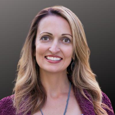 Pharmacy to Patient Advocacy | Claudia Cometa, PharmD