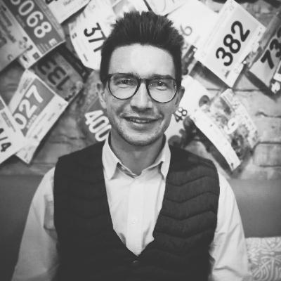 #48: Szymon Opryszek: Marzy mi się reportażowy mad max