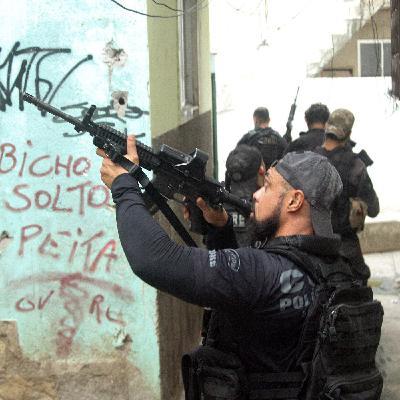 Operação no Rio no radar da ONU e do STF; críticas de Bolsonaro a CPI; e mudança nas restrições em SP