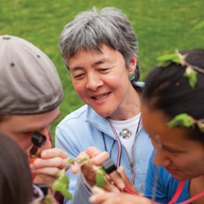 Episode 19: Joan Edwards - Pollinators • Nature's First Responders