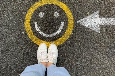 Нужно ли искать счастье - или весь секрет в том, чтобы начать его замечать?