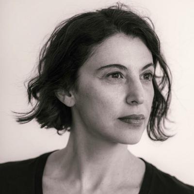 """Giovana Madalosso apresenta seu livro """"Suíte Tóquio"""""""