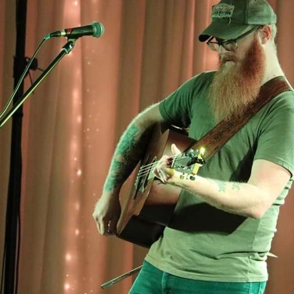 Country Artist Luke Hendrickson from Minnesota