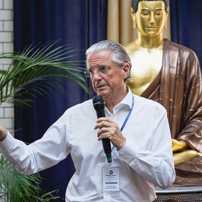 HD 094 Digitalisierung und Menschlichkeit mit Prof. Dr. J. Werner