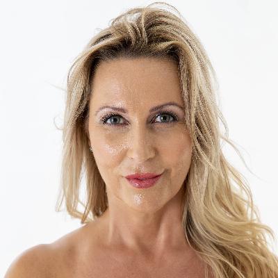 Jenna Star - force of nature - entrepreneur - manifestor - Model - business woman