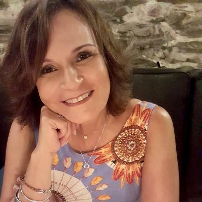 Ieda de Oliveira convida Luciana Savaget