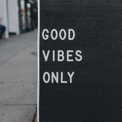 547 - Good vibes only com o Inglês Nu E Cru!