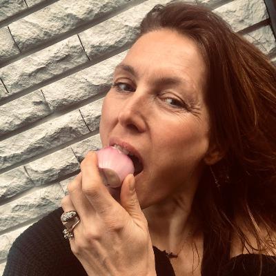 7. Thysia Huisman: over haar ontmoeting met Jeffrey Epstein, eetstoornissen en waarom ze géén slachtoffer is