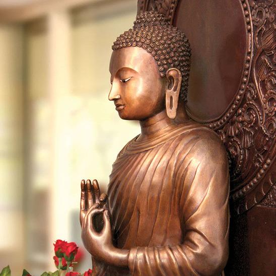 Finding an inner Sanctuary - Ajahn Dhammadharo