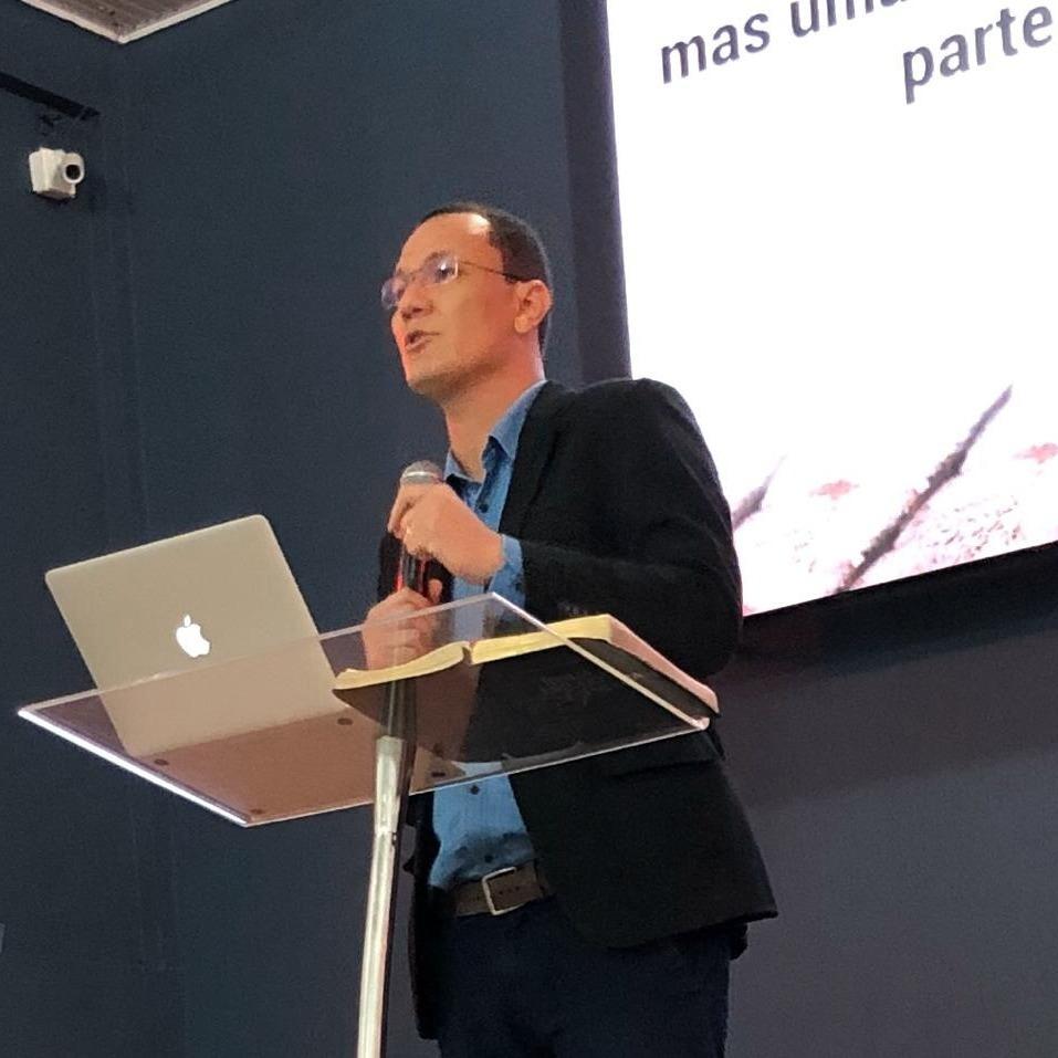 Presb. Anderson Mariano / Sermão expositivo: Mateus 6. 24-34