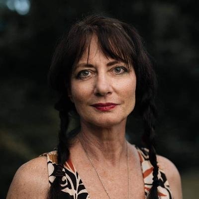 Susan Crooks on Suicide Prevention and Removing the Stigma of Mental Health (TRIGGER WARNING - This podcast contains information about suicide which may be upsetting to some people.)