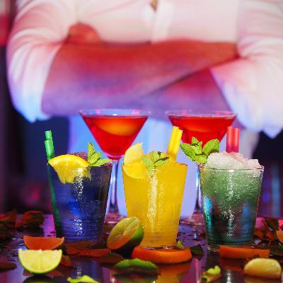 Бармен-нарколог — об алкоголизме и сексизме