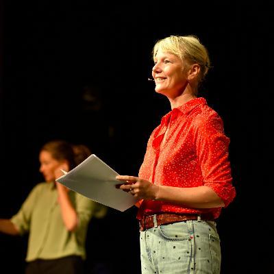 Laura van Dolron speelt voor 2 mensen en dat is best ok. Nerdpodcast #6 met Marijn Lems, Wijbrand Schaap en special guest Laura van Dolron
